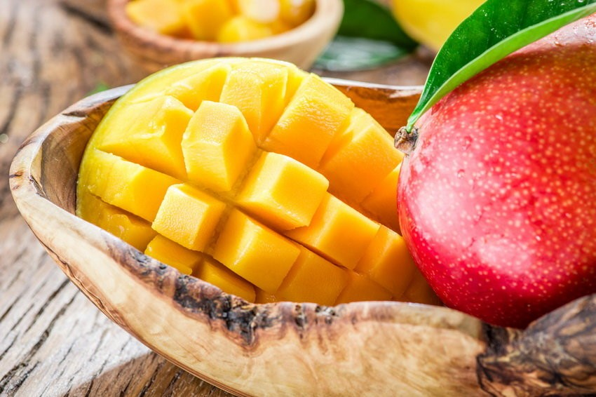 Znalezione obrazy dla zapytania: Чем полезно масло манго для волос и как его применять?