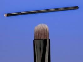 Кісточка для тіней Black Detail Synthetic, 1 шт - 1