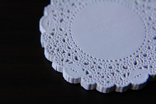 Салфетка бумажная ажурная, 9 см - 1
